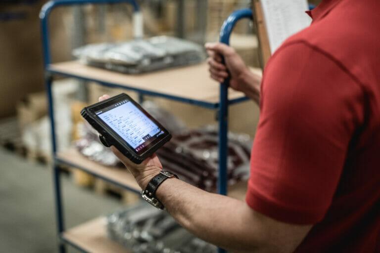 Da CatPhones smartphone e tablet rugged per ambienti lavorativi estremi