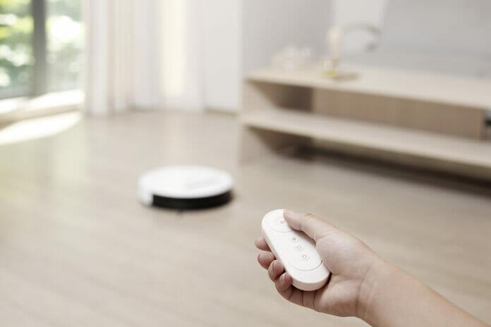 robot, Robot con tecnologie smart per la pulizia della casa