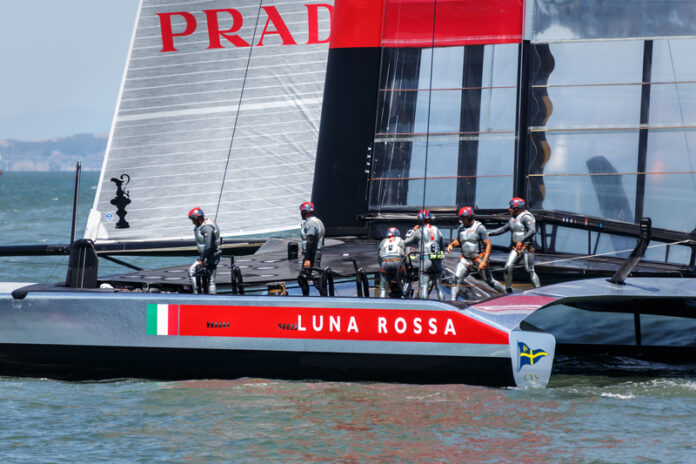 America's Cup qualifying race team Luna Rossa